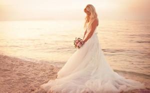 Beach_wedding_-_14414226350